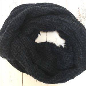 Accessories - Fringed Infinity Scarf - Black & Blue Combo